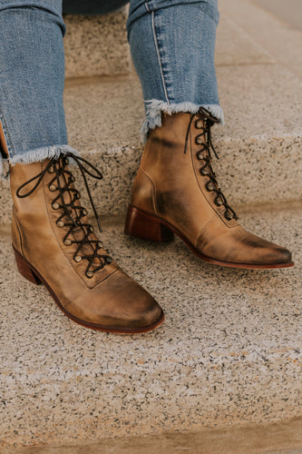 Brown Lace Up Boots | ROOLEE