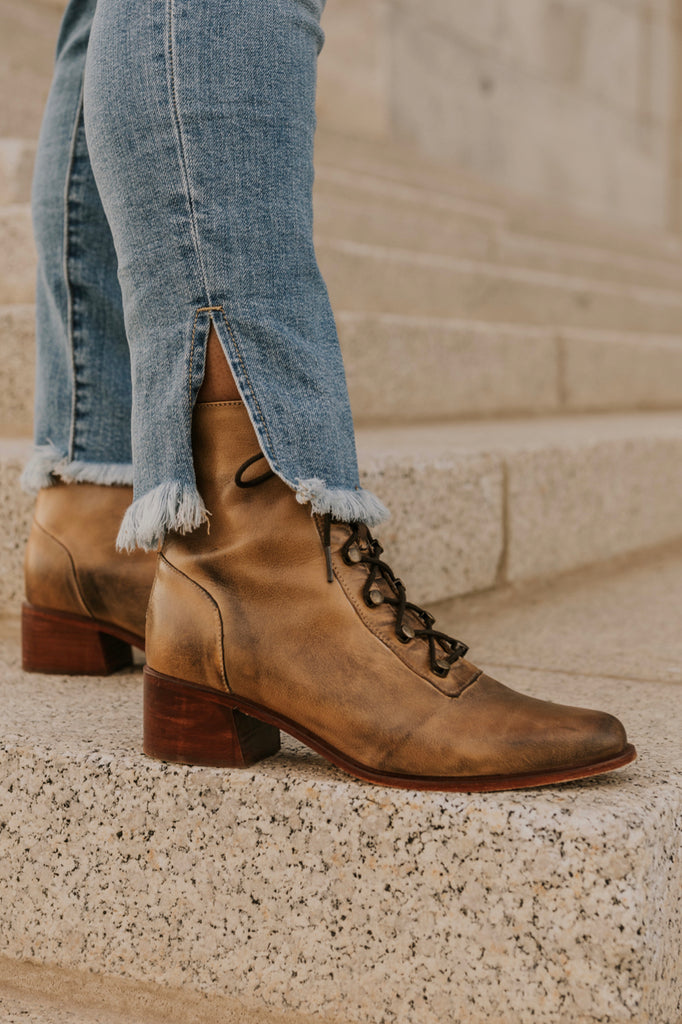 Retro Lace Up Boots | ROOLEE