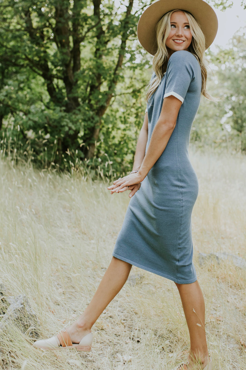 Short Sleeve Sweater Dress Outfit | ROOLEE