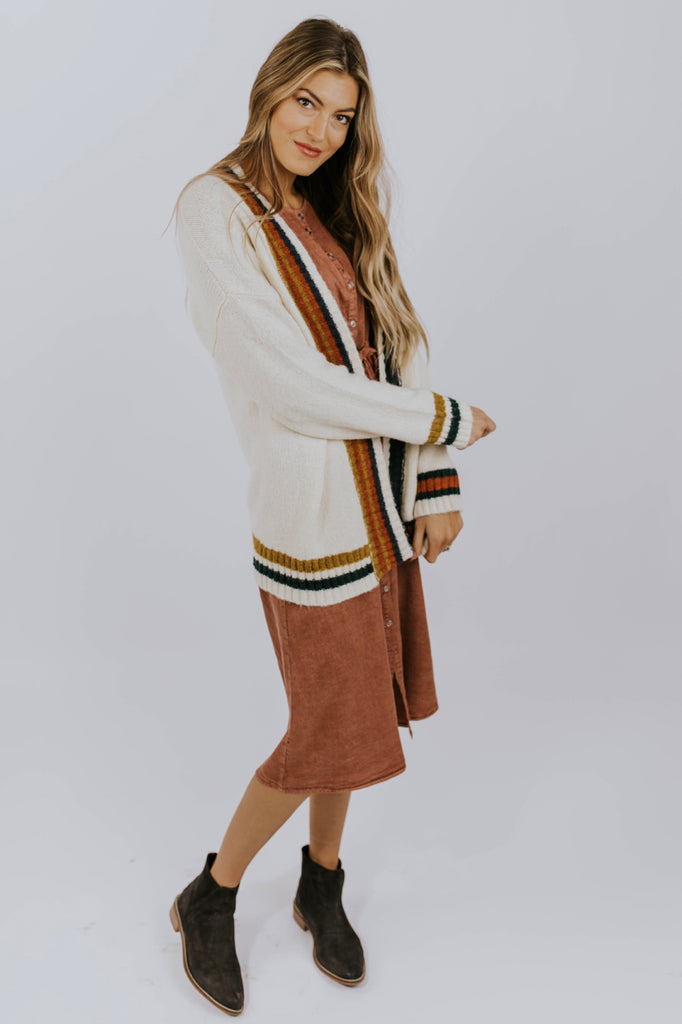 Retro Cardigan Outfit | ROOLEE