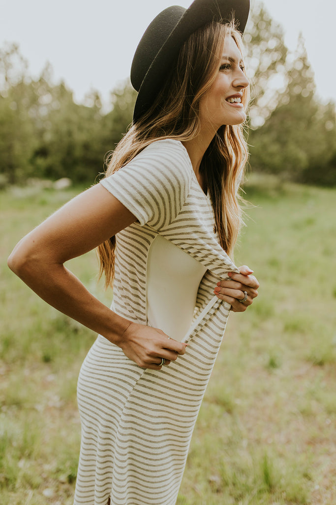 Nursing Friendly Outfit Ideas | ROOLEE