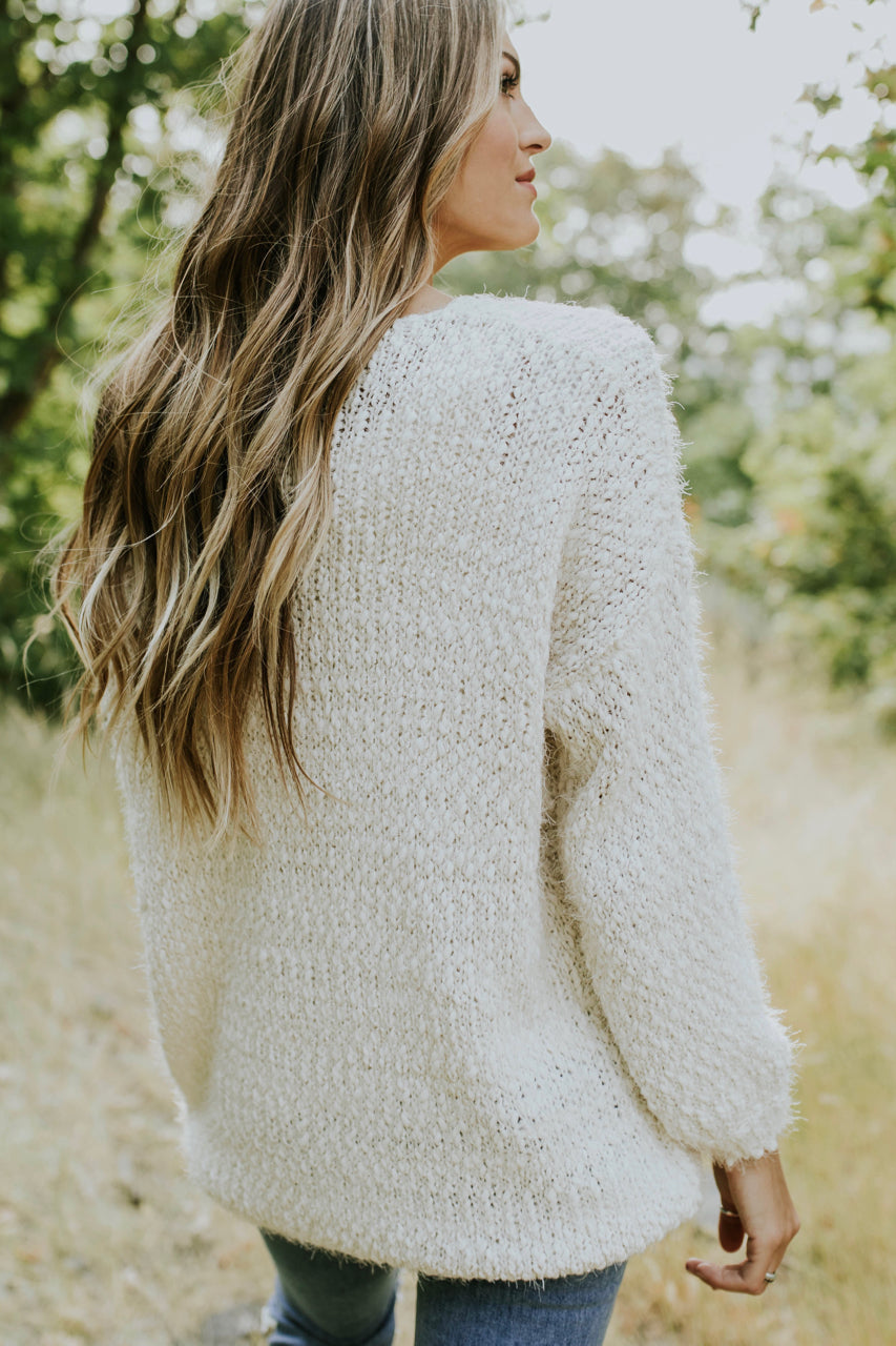 Oversized Knit Sweater Outfit For Women | ROOLEE