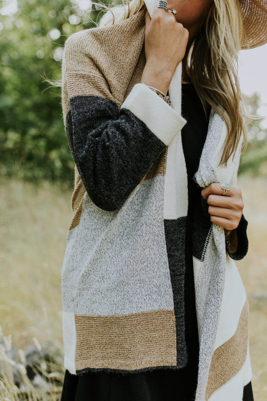 Long Sleeve Colorblock Cardigan Outfit | ROOLEE