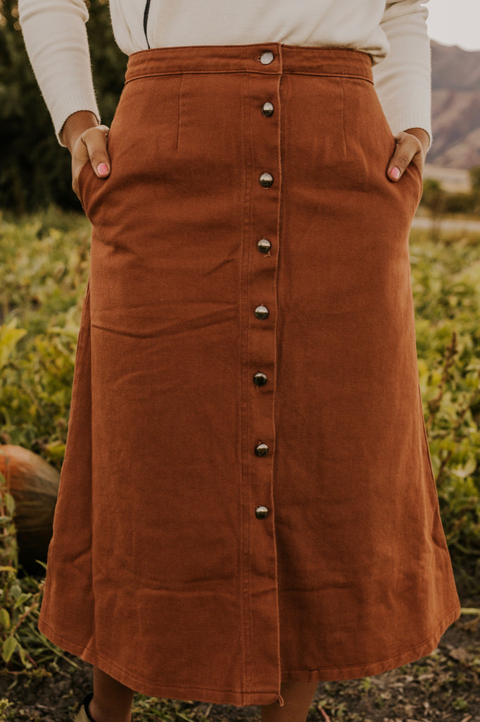 Corduroy Button Up Skirt | ROOLEE