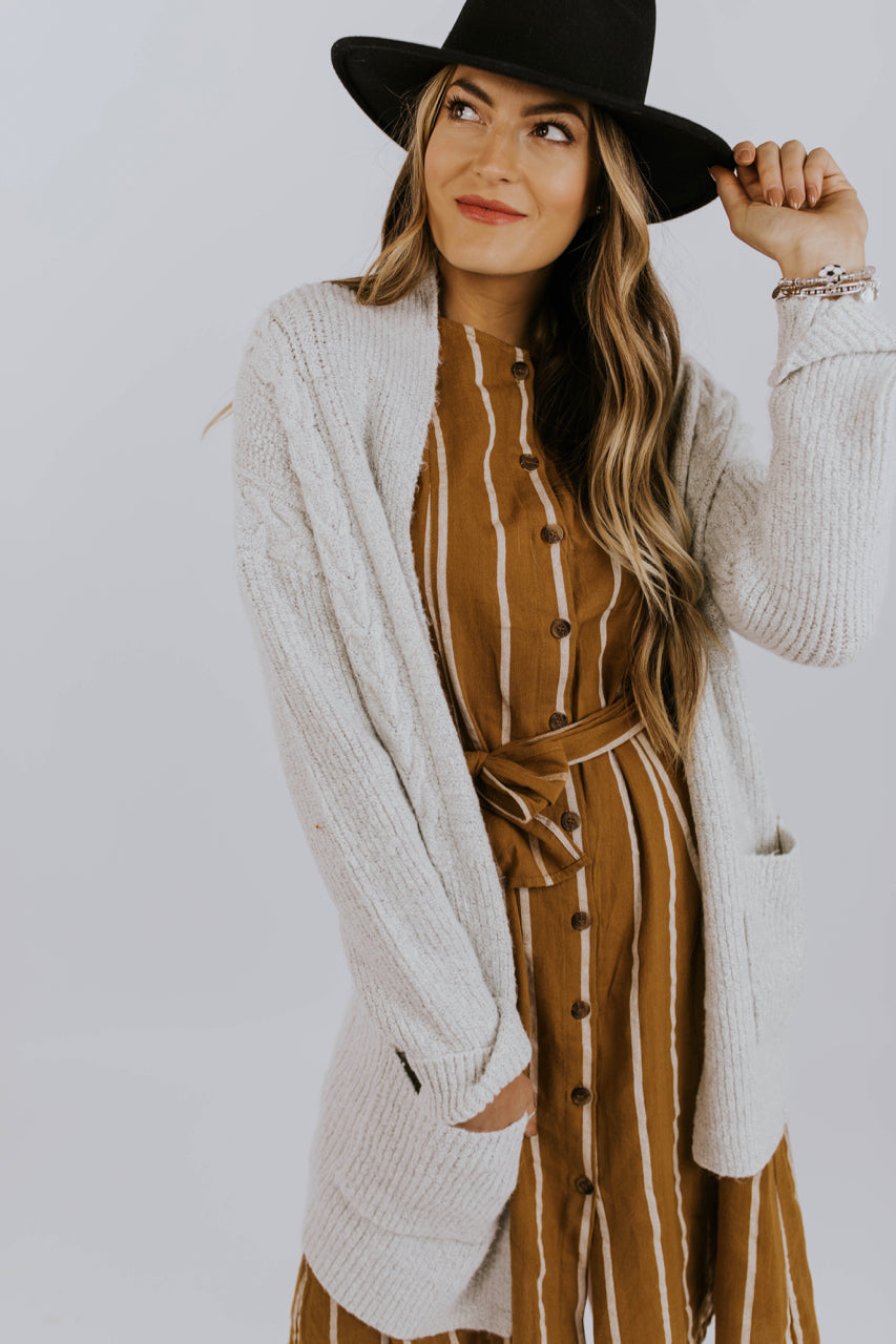 Autumn Sweater Ideas Outfit | ROOLEE
