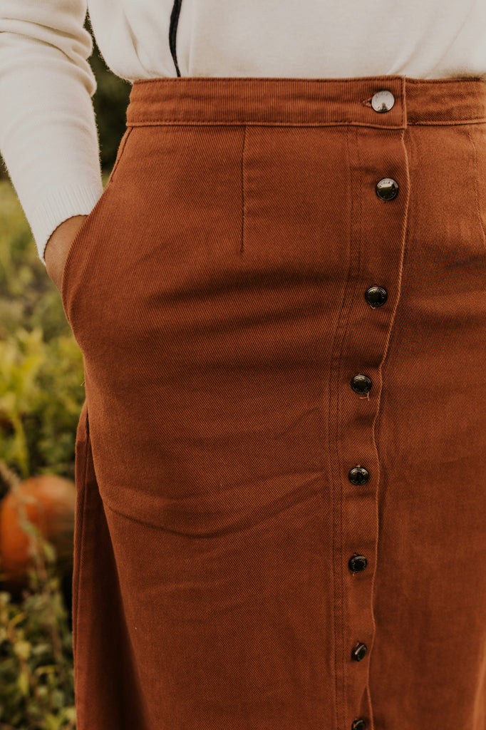 Corduroy Pocket Skirt with Buttons | ROOLEE