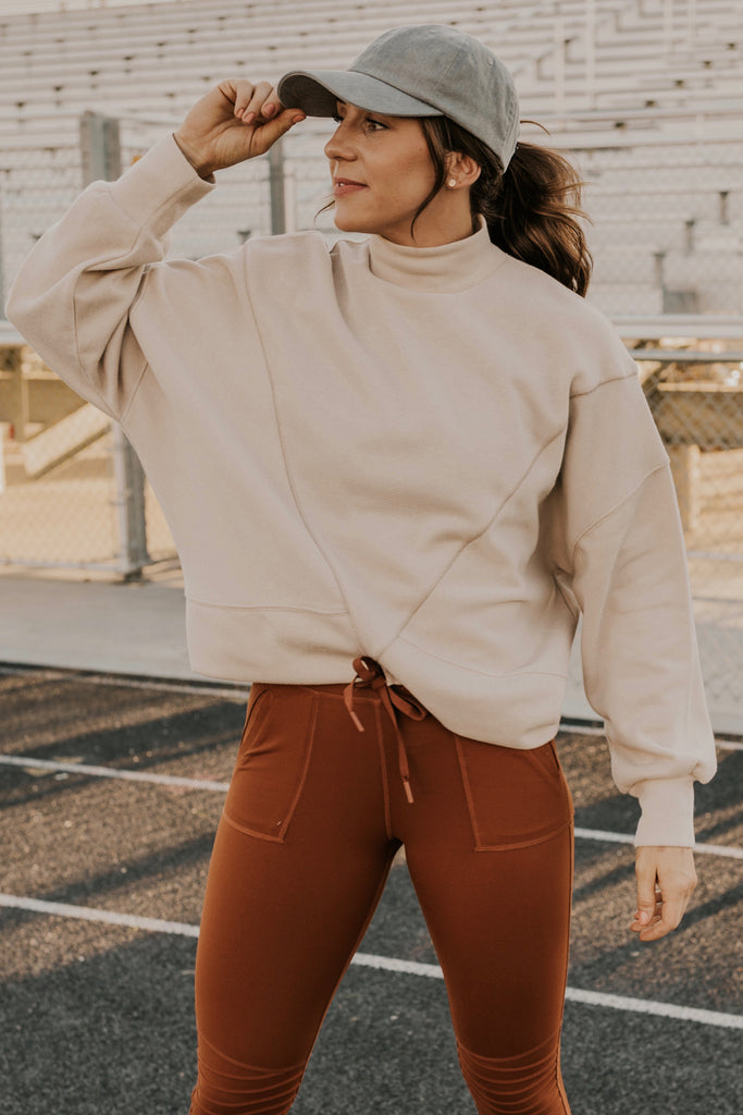 Workout Pullover | ROOLEE
