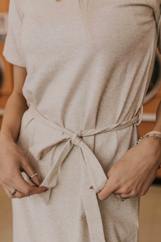 V Neck Tie Waist Dress Outfit Ideas | ROOLEE