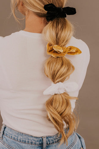 Scrunchies with Bows | ROOLEE