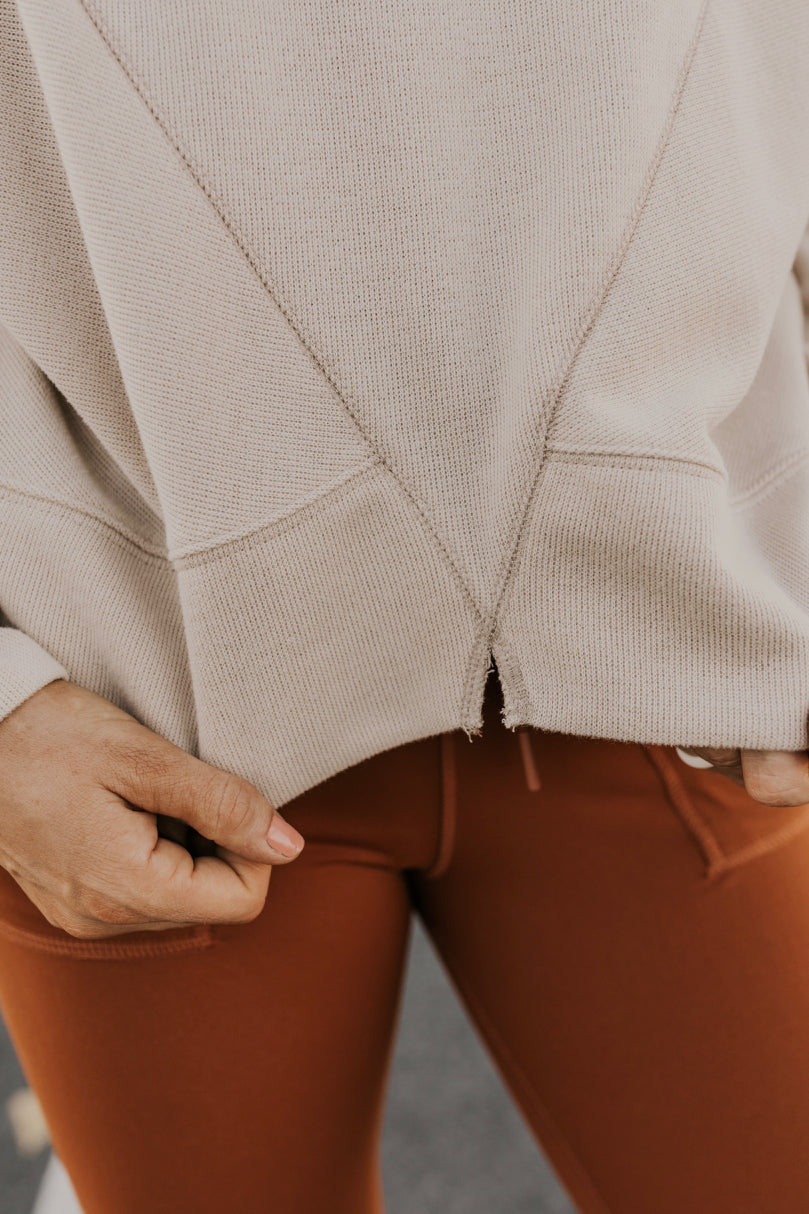 Cropped Pullover | ROOLEE