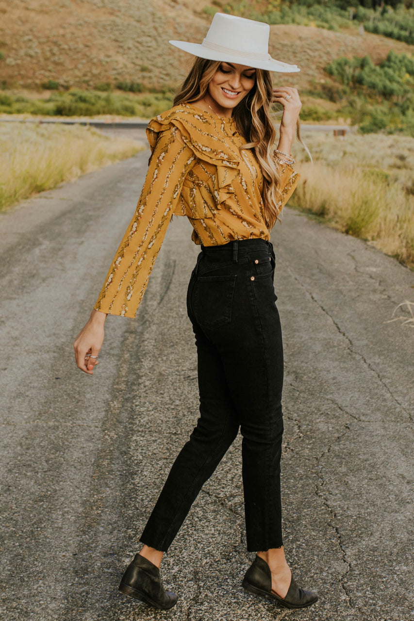 59479965132dbe ... Floral Ruffle Blouse Outfit for Fall | ROOLEE ...
