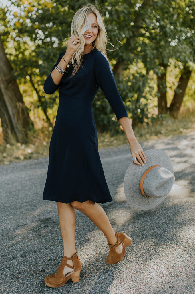 Navy Dress Outfit | ROOLEE