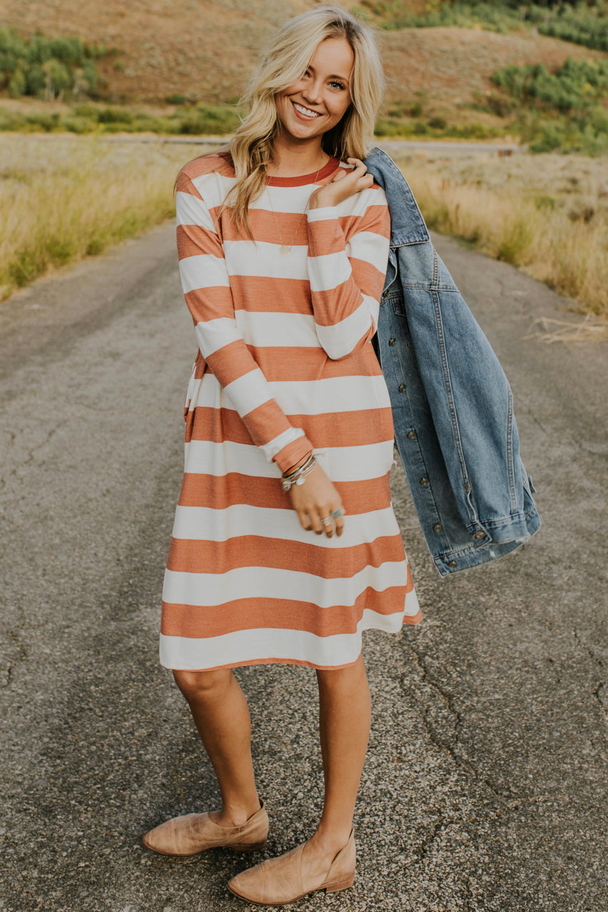 Stripe Dress Outfit | ROOLEE