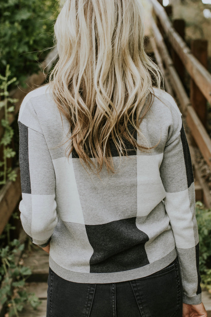 Colorblock Sweaters for Fall | ROOLEE
