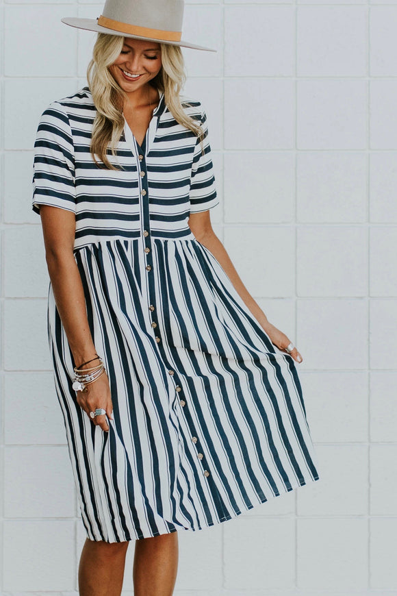 Café Stripe Dress in Navy | ROOLEE