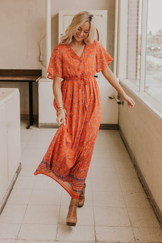 Bright Floral Maxi Dress Outfit Ideas | ROOLEE
