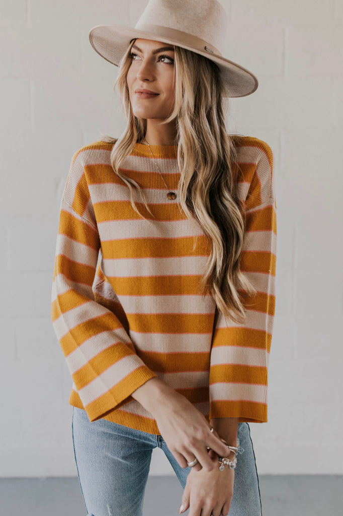 Long Sleeve Stripe Sweater Outfit Ideas | ROOLEE