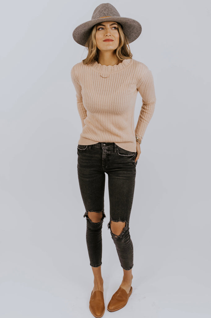 Ribbed Knit Sweater Outfit | ROOLEE