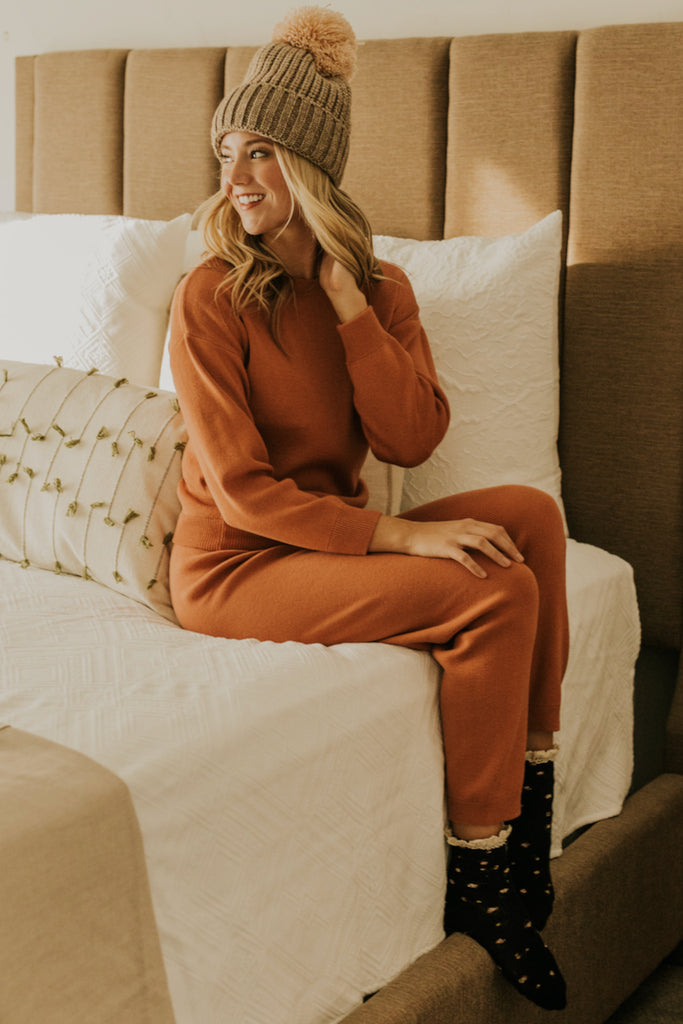 Sweatshirt and Jogger Set | ROOLEE