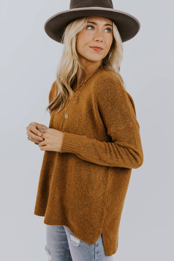 Soft Knit Pullover Sweater Outfit Ideas | ROOLEE