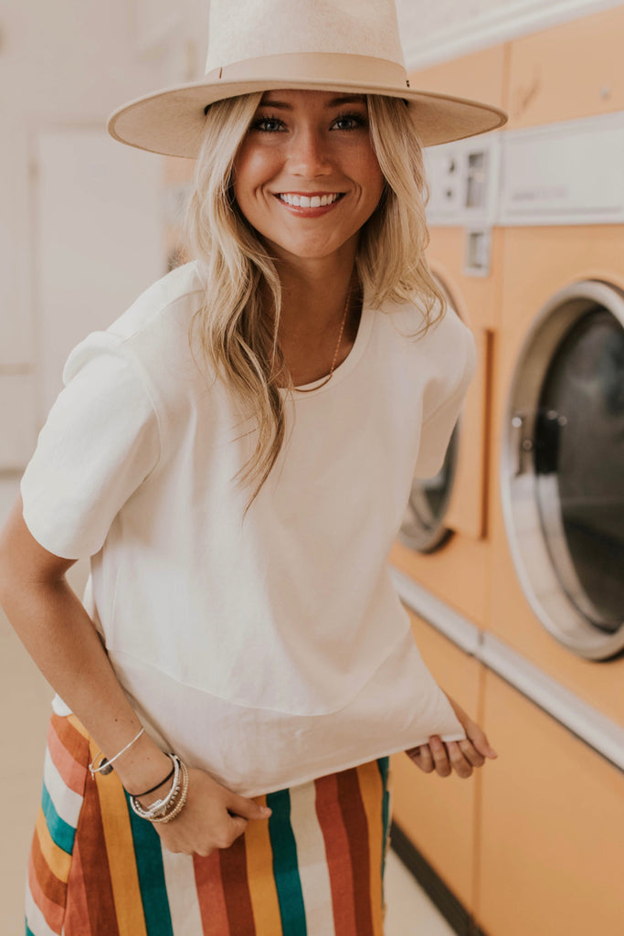 Basic White Tee Outfit Ideas | ROOLEE