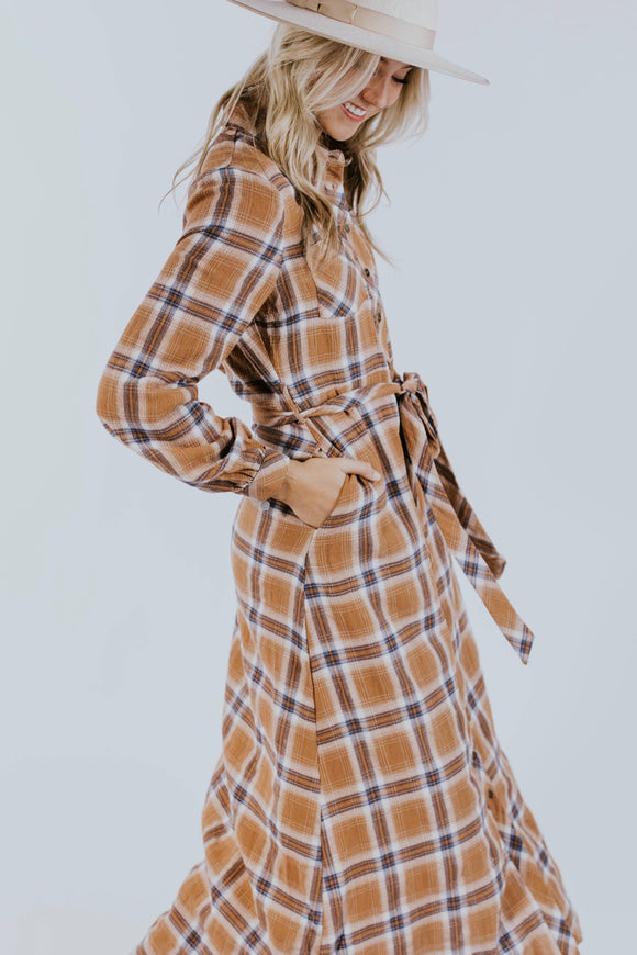 Flannel Dress Outfit Ideas | ROOLEE