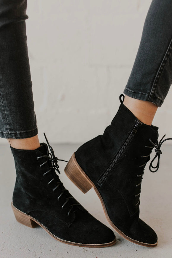 Black Lace-Up Boots | ROOLEE