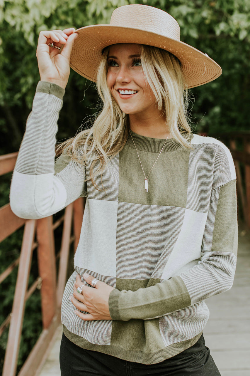 Daphne Colorblock Sweater in Olive | ROOLEE