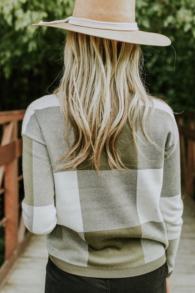Big Plaid Sweater in Olive | ROOLEE