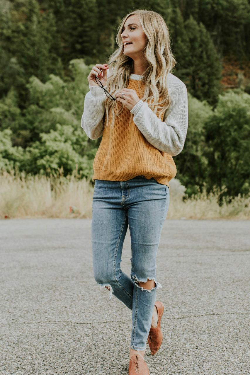 Loose-knit Sweater Outfit 2018 | ROOLEE