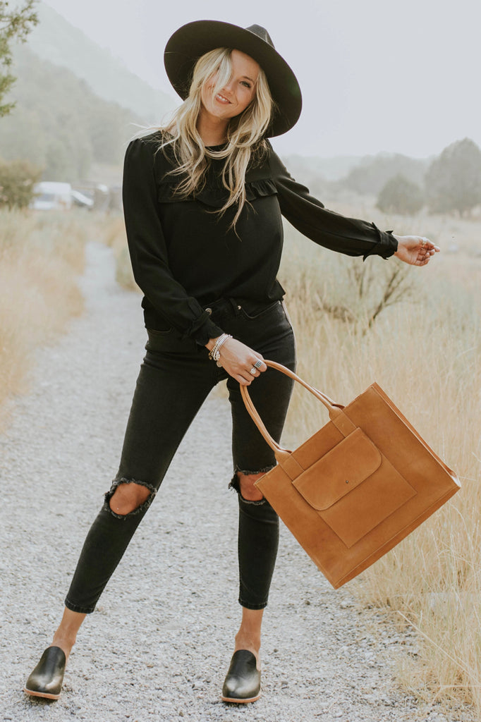 Black on Black Outfit | ROOLEE