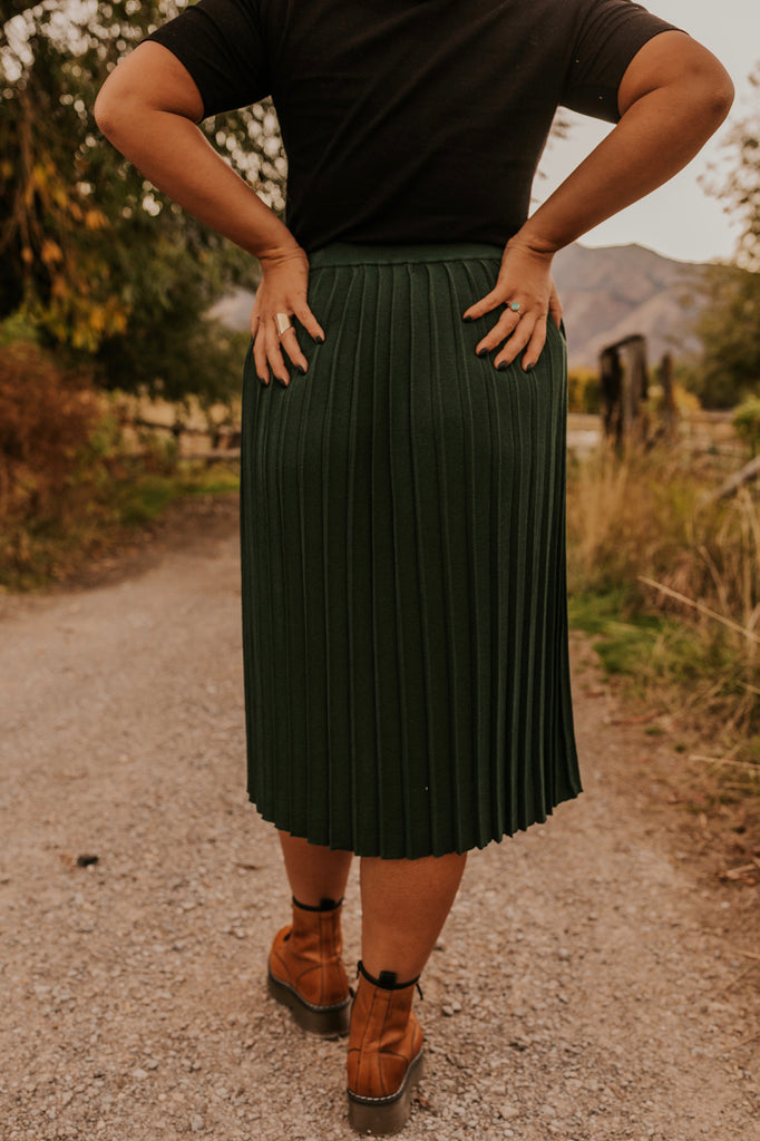 Layering Ideas for Skirts in the Fall | ROOLEE