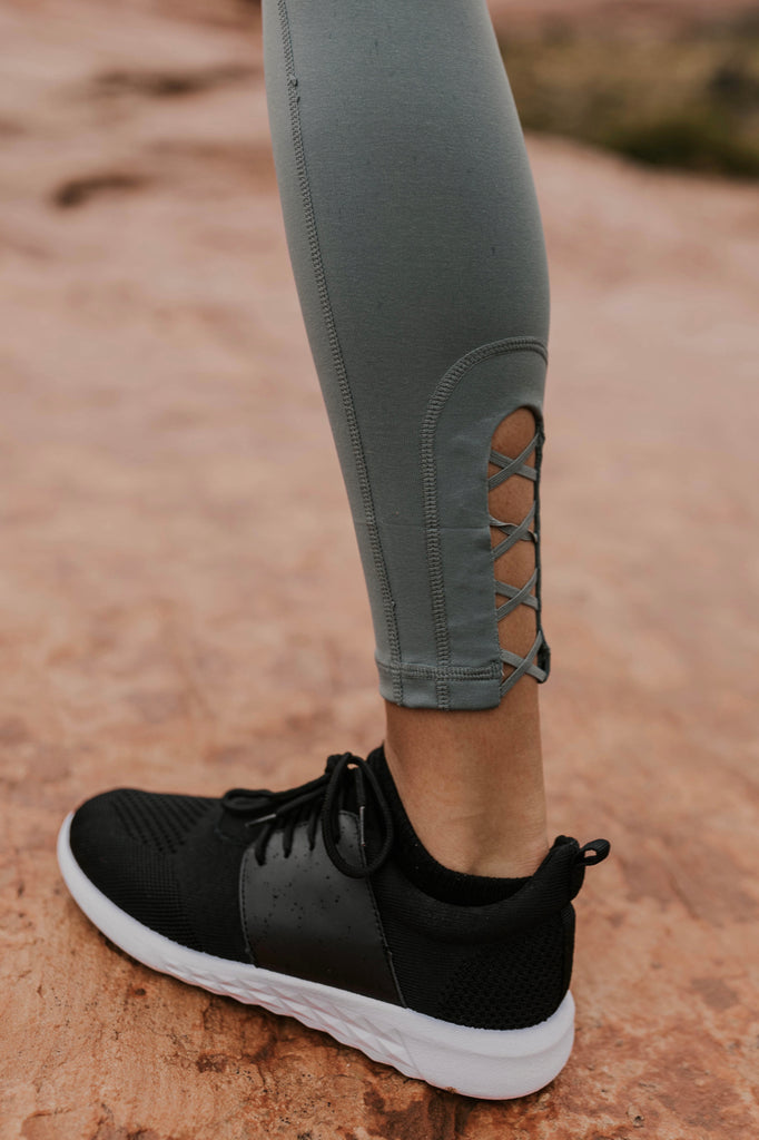 Black Gym Shoes for Women | ROOLEE