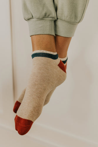 Natural Crew Socks | ROOLEE