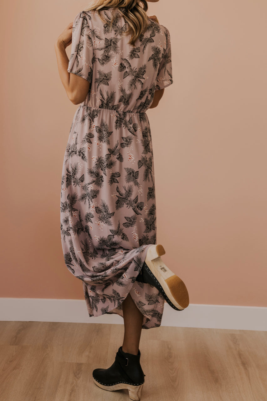 Leaf Patterned Lavender Maxi Dress | ROOLEE