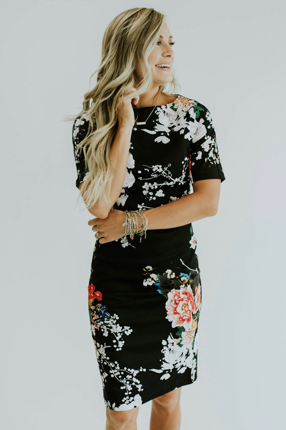 Toni Floral Dress in Black | ROOLEE