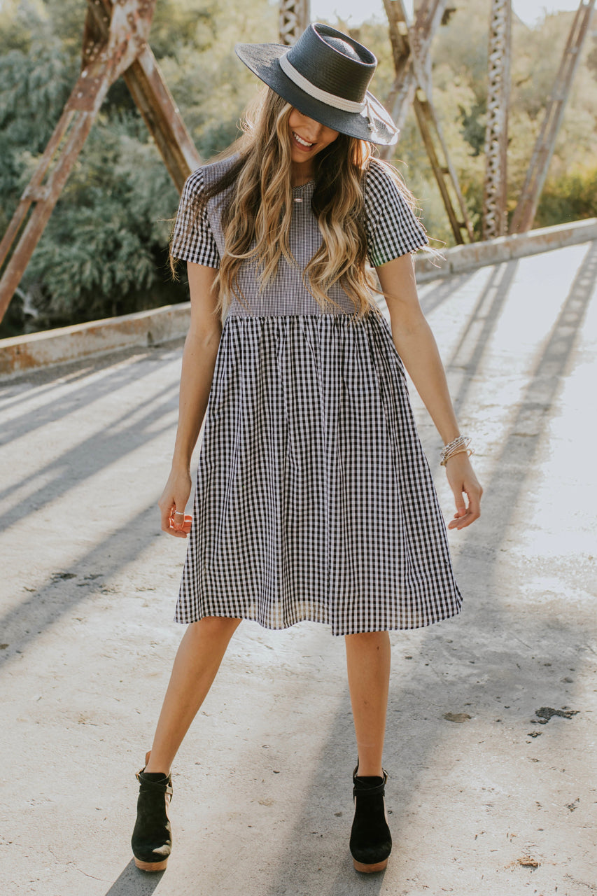 Plaid Dress Outfit | ROOLEE