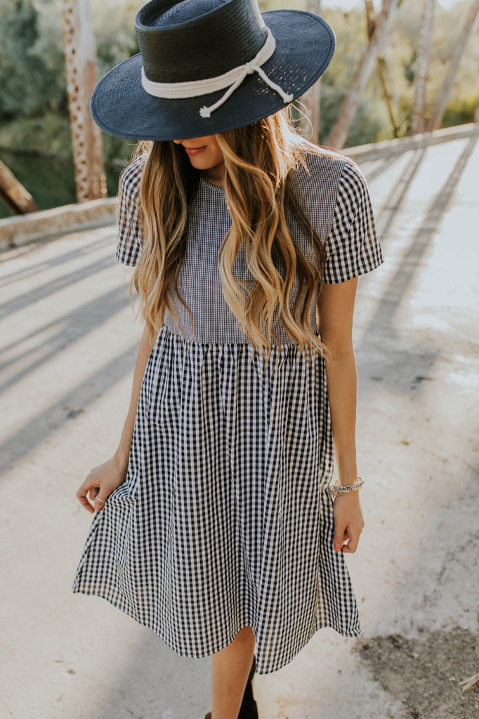 Dress Outfit for Fall | ROOLEE