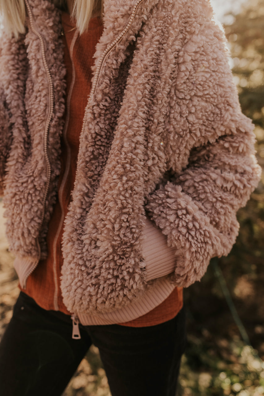 Sherpa Outfits for Winter | ROOLEE