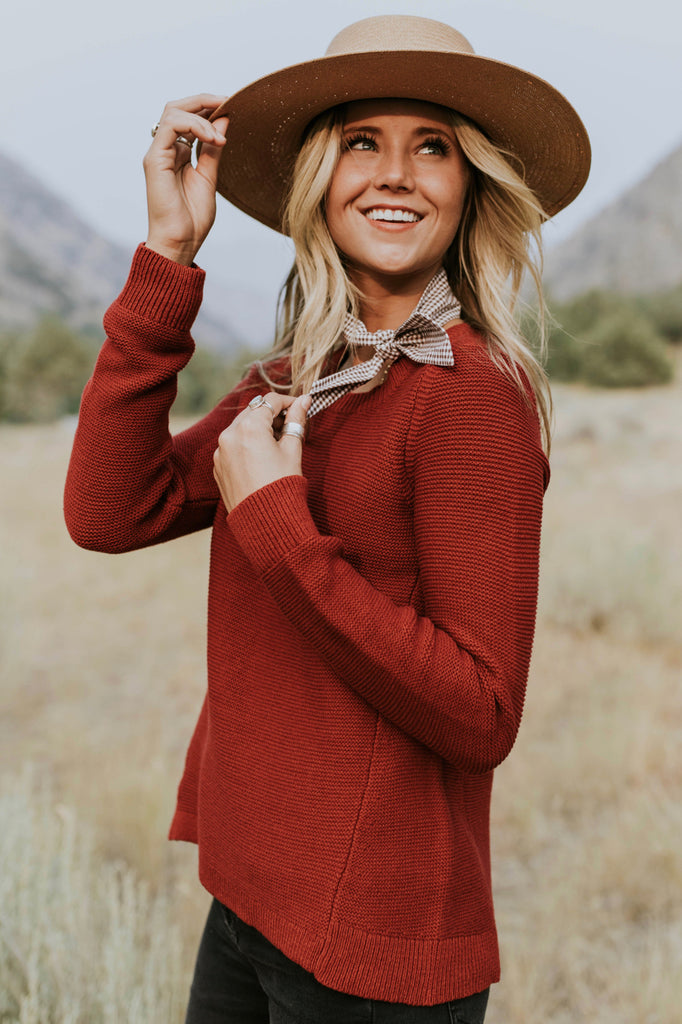 Ivy Knit Sweater in Burgundy | ROOLEE