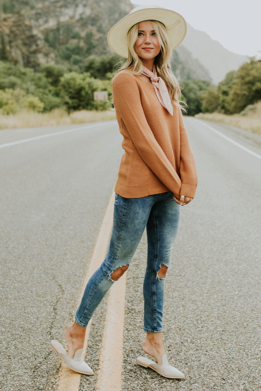 Fall Knit Sweater Outfit | ROOLEE