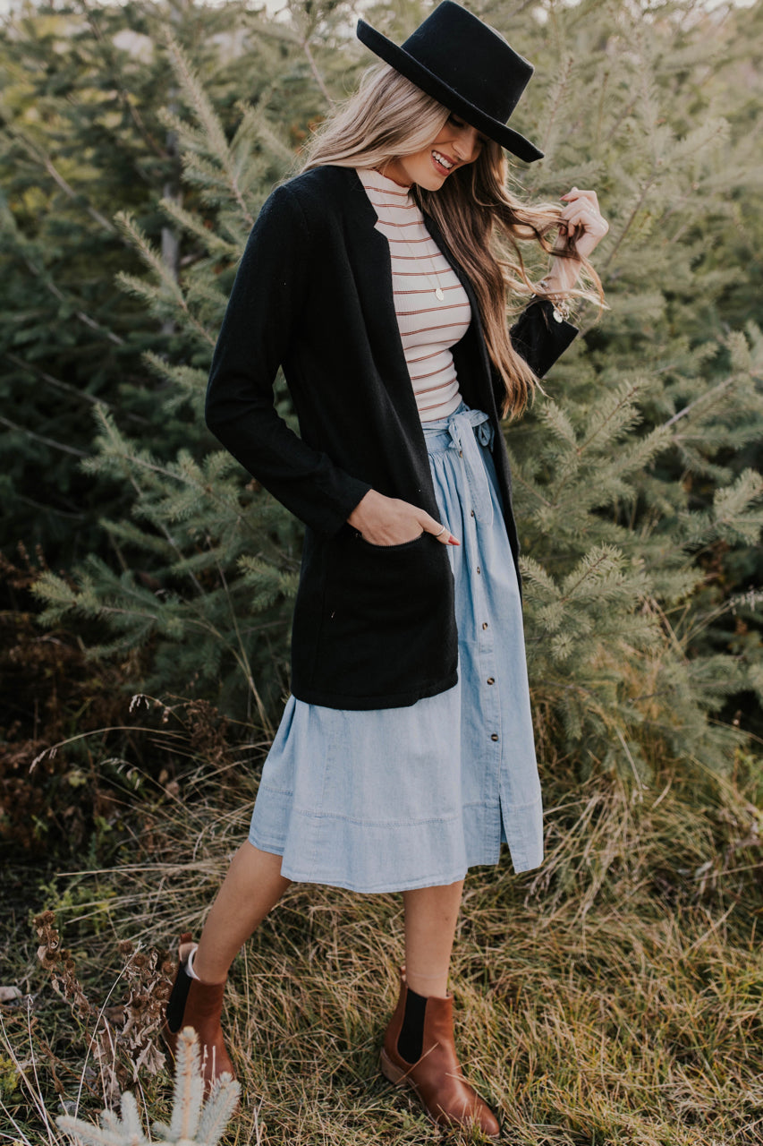 Fall Date Night Cardigan Ideas Outfit | ROOLEE