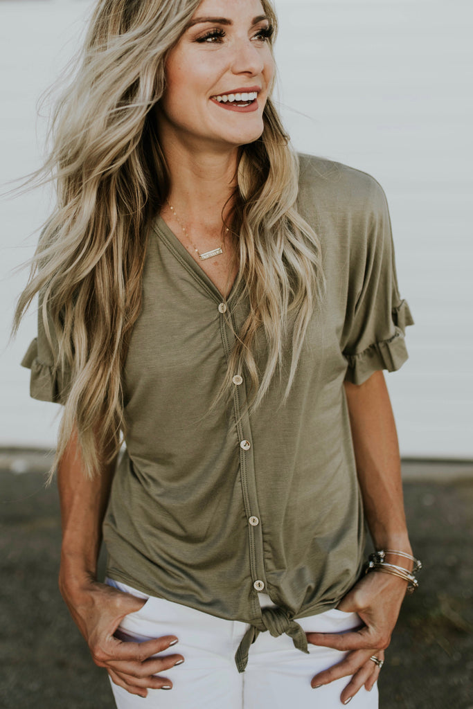 Boston Avenue Tie Blouse in Sage | ROOLEE