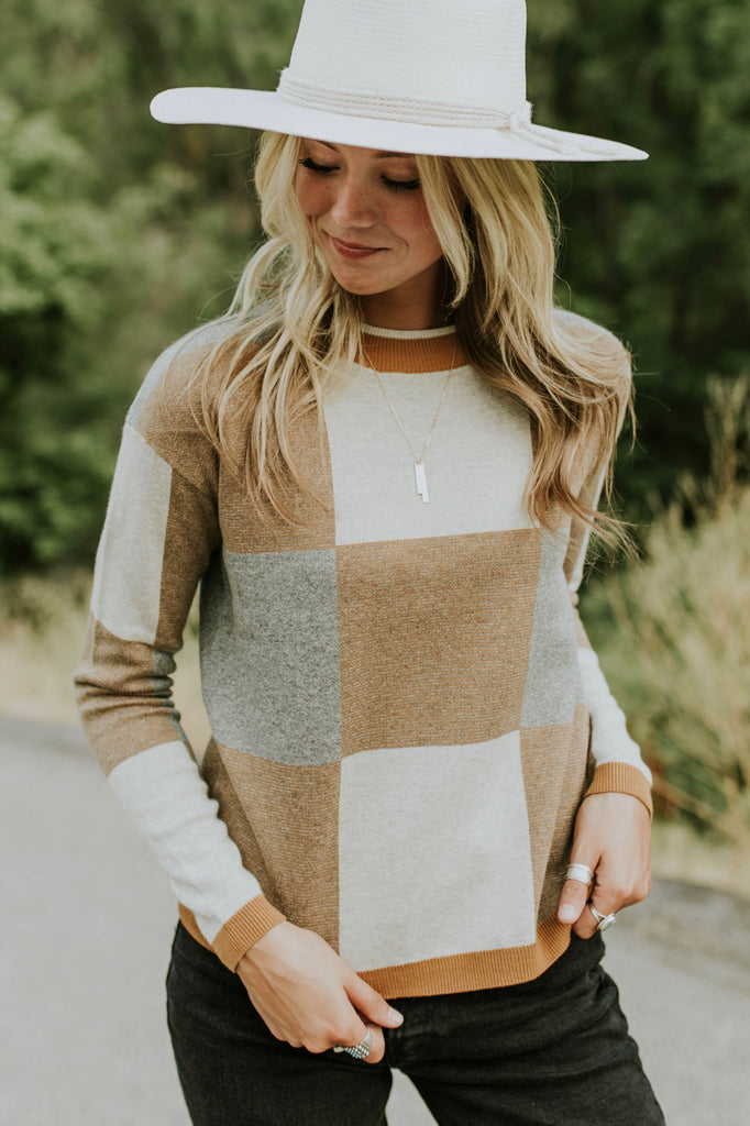 Daphne Colorblock Sweater in Mustard | ROOLEE