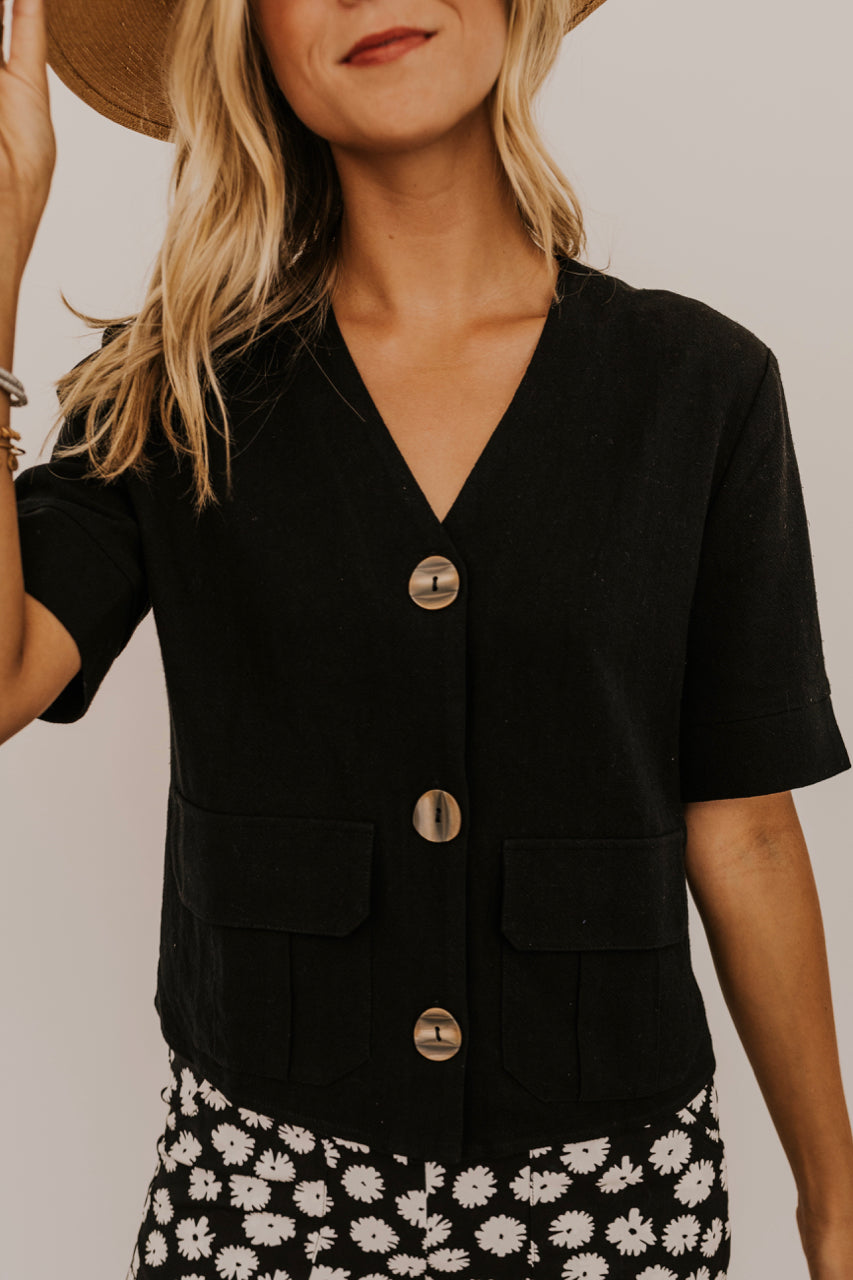 Black Top with Pockets | ROOLEE