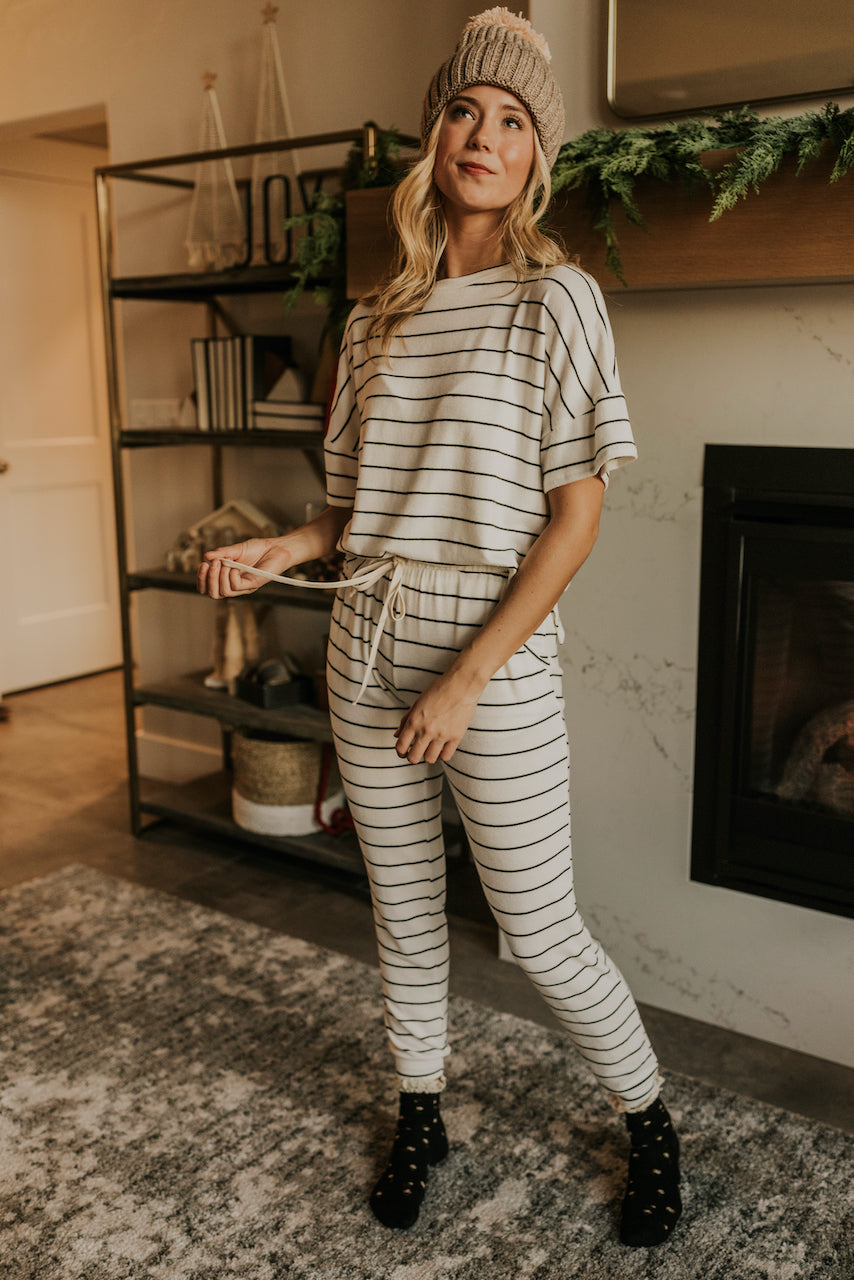 Black and White Trending Pajamas for Christmas | ROOLEE