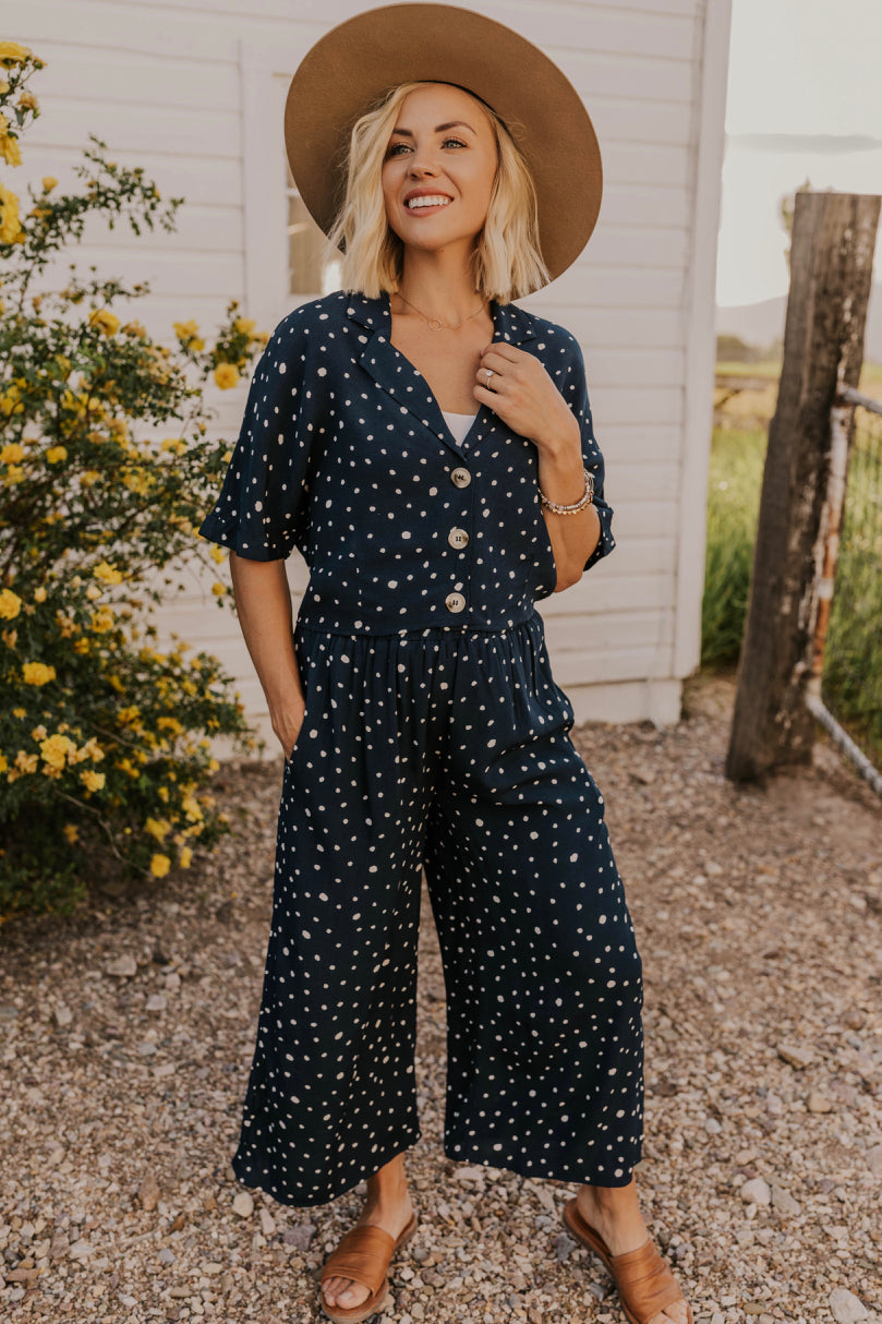Outfit Inspiration for 2019 | ROOLEE