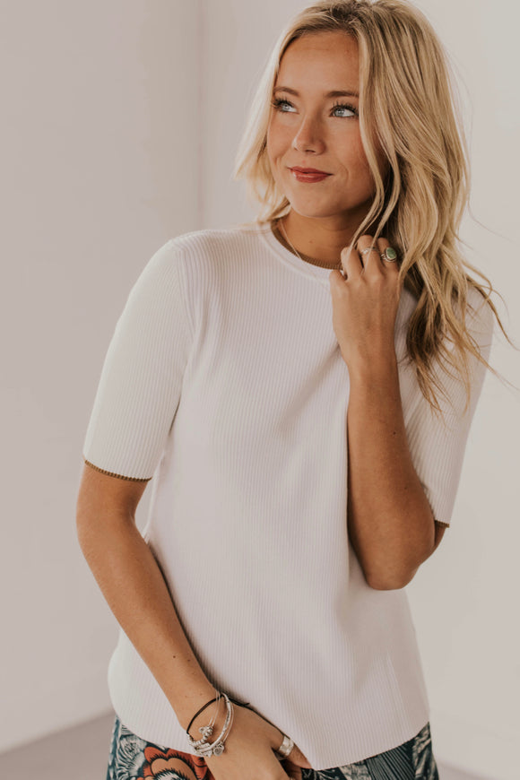 Short Sleeve Sweater Top | ROOLEE
