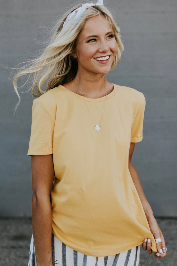 Thompson Basic Tee in Gold | ROOLEE
