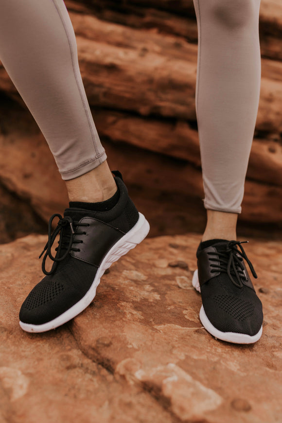 Christan Lace Up Sneaker